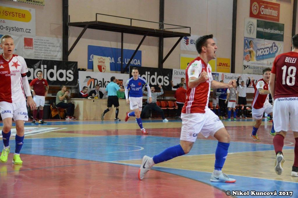 4ce2d0610bae9 Futsalová Slavia fantasticky otočila derby! – AGRS