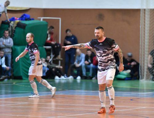 Řepka si zahrál futsal proti Slavii před zaplněnou halou Uherského Hradiště!